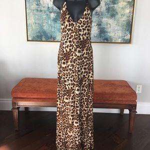 Dresses & Skirts - Leopard Maxi Dress